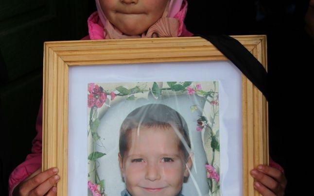 Foto: Poza lui Sami Tcaciuc, 6 ani, la înmormântare