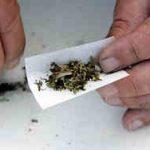 Copil-de-13-ani-la-spital-dupa-ce-a-fumat-o-tigara-cu-etnobotanice-primita-cadou-de-ziua-lui